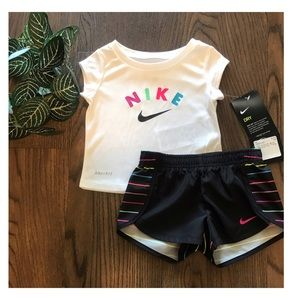 NIKE BABY DRI-FIT SHIRT AND SHORTS SET SIZE 12 Mon